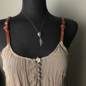 Vintage Bear Claw w Feathers Necklace Boho